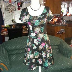 Elle black w multicolored flowers womens dress